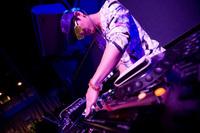 藤田琢己 a.k.a DJ SHOCK-PANG