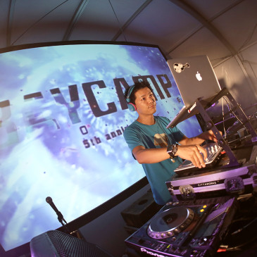 PHOTO GALLERY ([DJ] 藤田琢己a.k.a DJ SHOCK-PANG)